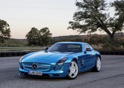 Blue Chrome Car 8 (2)
