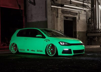 Glow In The Dark Cars Gallery Image 14