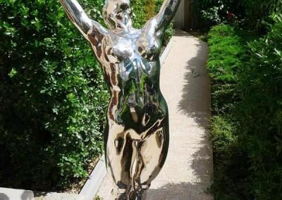 Chrome Statue 24