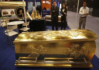 Gold Chromed Coffin 4